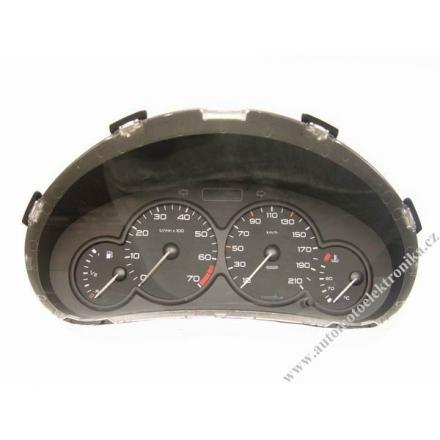 Přístrojová deska Peugeot 206 r.v.1999 benzín 96/434/012/80