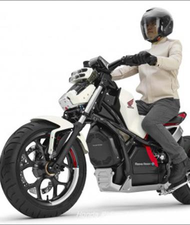 Honda debutuje v Tokiu s konceptem Riding Assist-e